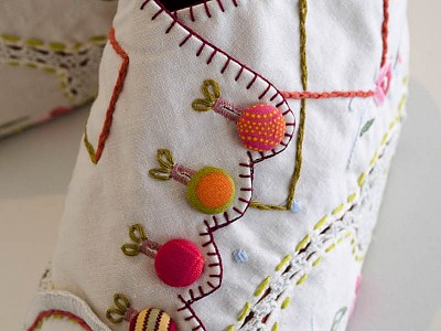 4 Crystal Cawley's cloth embroidered booties